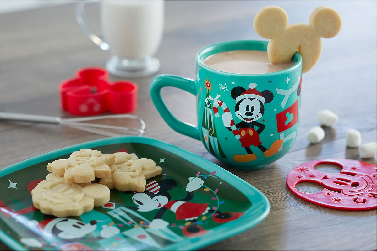 disney mickey and minnie plates